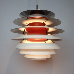 """Exceptional Mid-century modern """"Kontrast Pendant"""" light designed byPoul Henningsen for Louis Poulsen - a Mid-century Masterpiece, a brilliant design with no glare light - the bulb in the center is adjustable vertically - due to this lamp being super complicated to make and expensive they stopped production in the seventies - very good vintage condition - (SOLD)"""