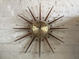 Incredible Vintage Starburst wall clock -the perfect accessory for your MCM home - working order - (SOLD)