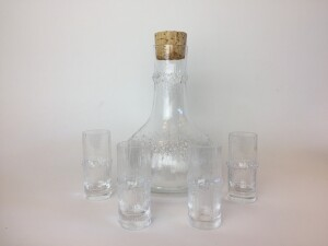 Gorgeous set of 4 Niva shot / schnapps glasses with decanter by Tapio Wirkkala for Iittala, Finland -(SOLD)