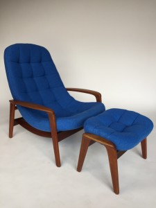 """Outstanding Iconic Mid-century Canadian Classic - the """"scoop"""" lounge chair and ottoman by R.Huber - completely restored - new foam, high quality wool fabric by Kvadrat and the wood has also been newly re-finished - WOW - (SOLD)"""