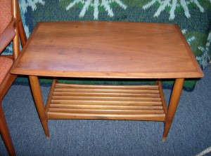 Fantastic Mid-century modern 2 tier end table - form and function - (SOLD)
