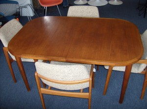 """Quality Vintage teak dining table w/built in butterfly leaf - measures 57.5""""X38""""X28"""" - (SOLD)"""