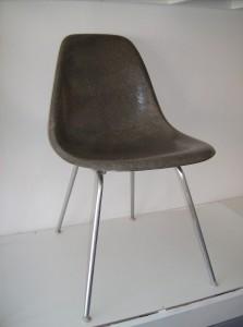 Spectacular Original vintage Eames fiberglass side chair on an original vintage H base - excellent condition - (SOLD)