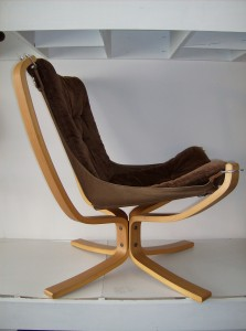 """A spectacular vintage Sigurd Ressell """"Falcon chair"""" manufactured by Vatne Norway - this bentwood/canvas/fabric chair just oozes coolness - a definate must have for a Modernist enthusiast - the condition is really good, however there are a couple worn through spots in the corners of the canvas under the cushioned seat - nothing a quick hand stitching wouldn't fix - the fabric is chocolate brown in color - (SOLD)"""