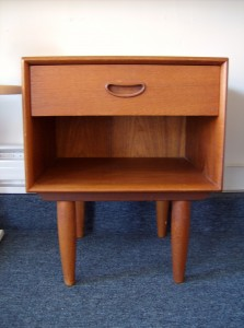 Lovely 1960's Danish teak bedside table with 1 drawer and storage - excellent condition - 0 available - (SOLD)