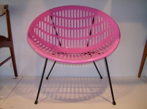 Check out this marriage - a New original Solair chair top in hot pink on a vintage original Hoop chair base - COOL!! - (SOLD)