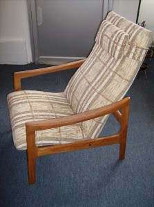 Fabulous Mid-century modern teak lounge chair/recliner - great design- super sleek and comfortable - fantastic condition - (SOLD)